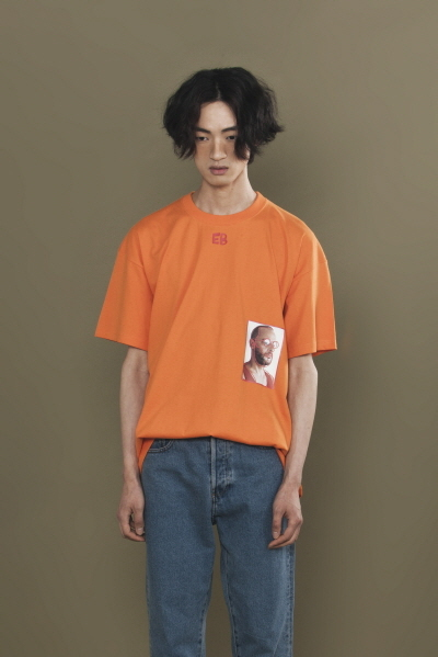 ENZO PORTRAIT T-SHIRT (ORANGE)